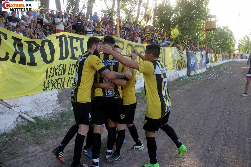 Catriel25Noticias.com DEPO-FESTEJOS19 Torneo Amateur de fútbol: Los equipos zonales jugarán en dos grupos DEPORTES