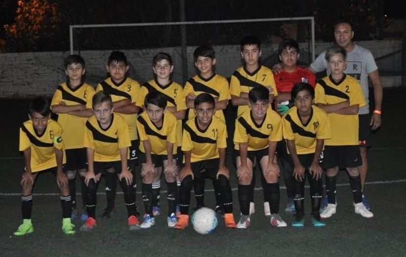 Catriel25Noticias.com LOS-CACIQUES Los Caciques Catrielenses debutaron con una victoria en la Neuquén CUP DEPORTES