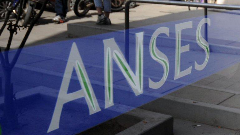 Catriel25Noticias.com anses-2 ANSES atenderá el miércoles 27, el lunes se darán 50 turnos LOCALES