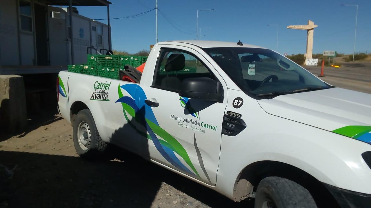 Catriel25Noticias.com catriel-muniipio-camioneta El SeNaSA donó 1.600 kilos de frutas y hortalizas en Río Negro y La Pampa Destacadas LOCALES
