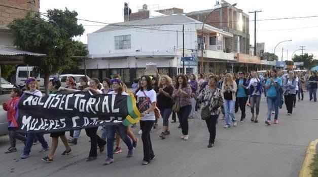 Catriel25Noticias.com mujeres-marcha-catriel #8M. Actividades en Catriel y 25 de Mayo (Video) Destacadas LOCALES