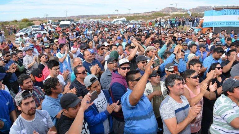 Catriel25Noticias.com petroleros-rincon Petroleros acuerdan un 30 por ciento de aumento salarial Destacadas NACIONALES