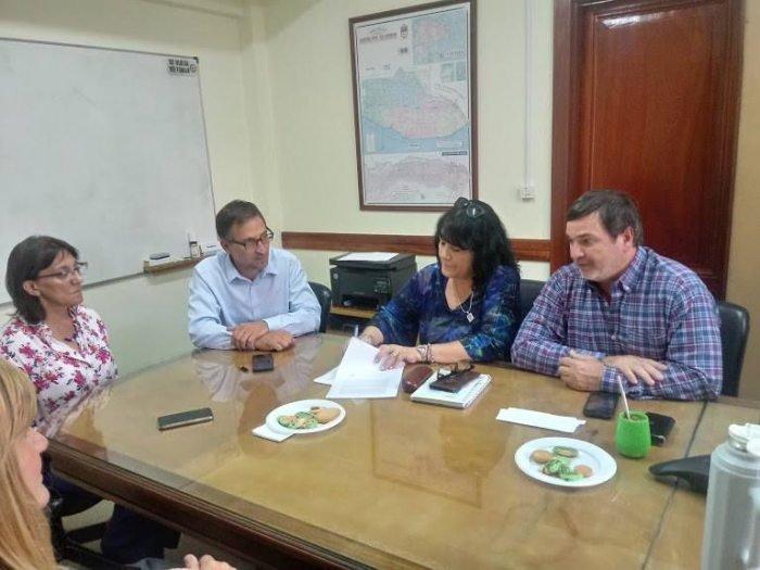 Catriel25Noticias.com silva-unter Río Negro. Crearán un Fondo Habitacional de Viviendas para los docentes PROVINCIALES