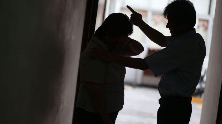 Catriel25Noticias.com violencia-de-genero2 Catriel. Avanza a juicio por caso de violencia de género NOTICIAS