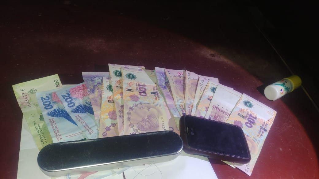 Catriel25Noticias.com droga-25-3-645x363 25 de Mayo. Atrapan a joven vendiendo cocaína y marihuana Destacadas LOCALES