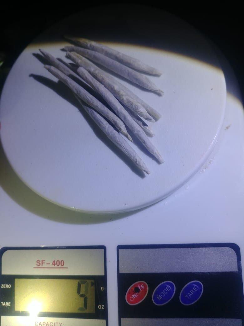 Catriel25Noticias.com droga-25-5-272x363 25 de Mayo. Atrapan a joven vendiendo cocaína y marihuana Destacadas LOCALES