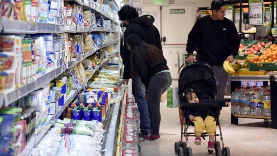 """Catriel25Noticias.com image_content_10486325_20190115143621-1 Por 6 meses hoy arranca el """"precios esenciales"""". Estos son los productos incluidos Destacadas NACIONALES"""