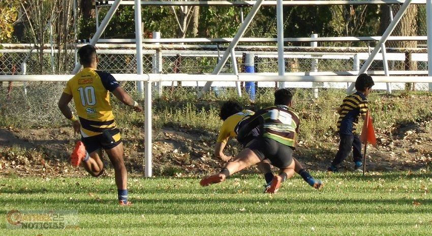 Catriel25Noticias.com crc-dinos2019 El CRC comenzó con el pie derecho en el Oficial de Rugby DEPORTES