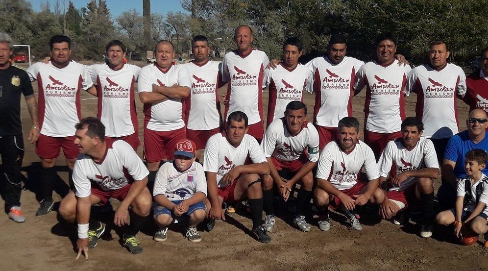 Catriel25Noticias.com liga-senior2019 Liga Senior: Esfuerzo Propio no afloja y toma la punta en soledad DEPORTES