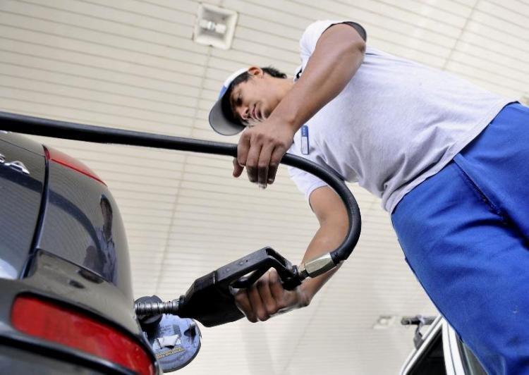 Catriel25Noticias.com nafta-1 Desde hoy YPF aumenta 2,8% sus combustibles Destacadas NACIONALES