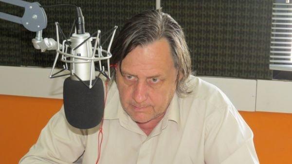 """Catriel25Noticias.com johnston-alas-dic-2014-1 Elecciones 2.019. Johnston: """"Votemos por más obras para Catriel y Río Negro"""" Destacadas LOCALES"""