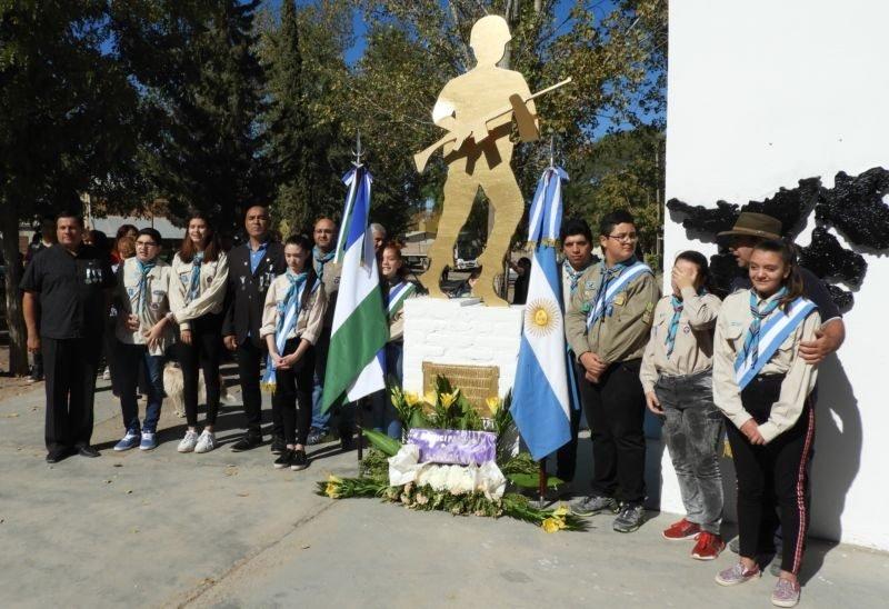 Catriel25Noticias.com malvinas-2019-530x363 Emotivo acto en el 37° aniversario de la gesta de Malvinas Destacadas LOCALES