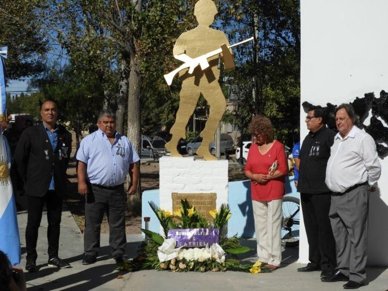Catriel25Noticias.com malvinas-acto-2019 Emotivo acto en el 37° aniversario de la gesta de Malvinas Destacadas LOCALES