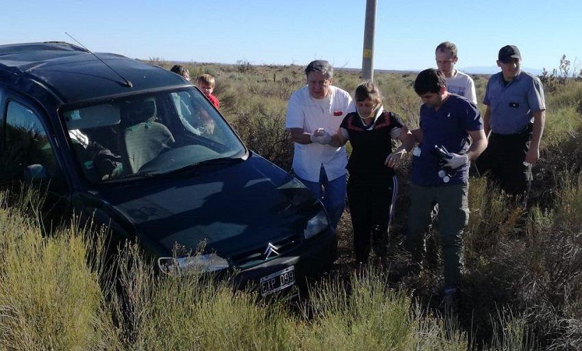Catriel25Noticias.com vuelco Ruta 151: Camión esquivó un bache y provocó un vuelco Destacadas LOCALES