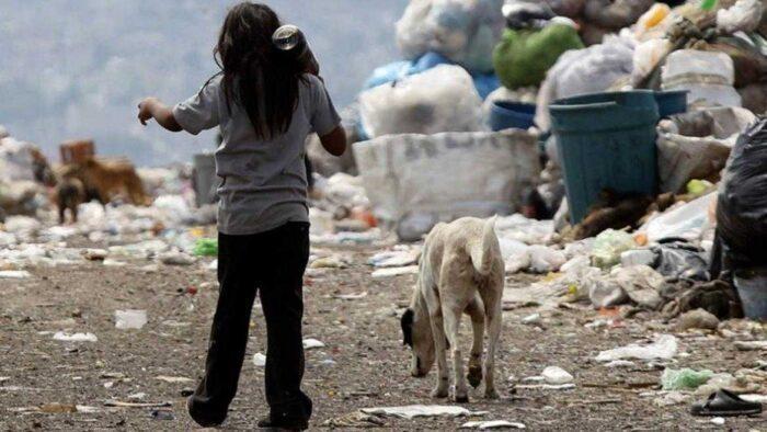 Informe de la UCA. Casi la mitad del país está sumergido en la pobreza