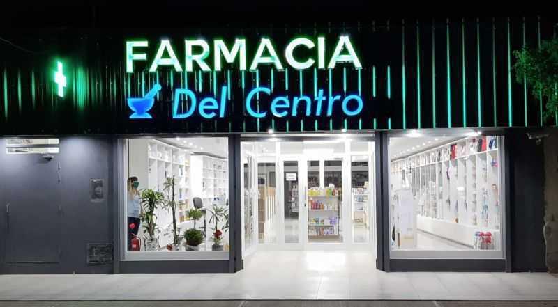 """Farmacia """"Del Centro"""" inauguró edificio propio"""