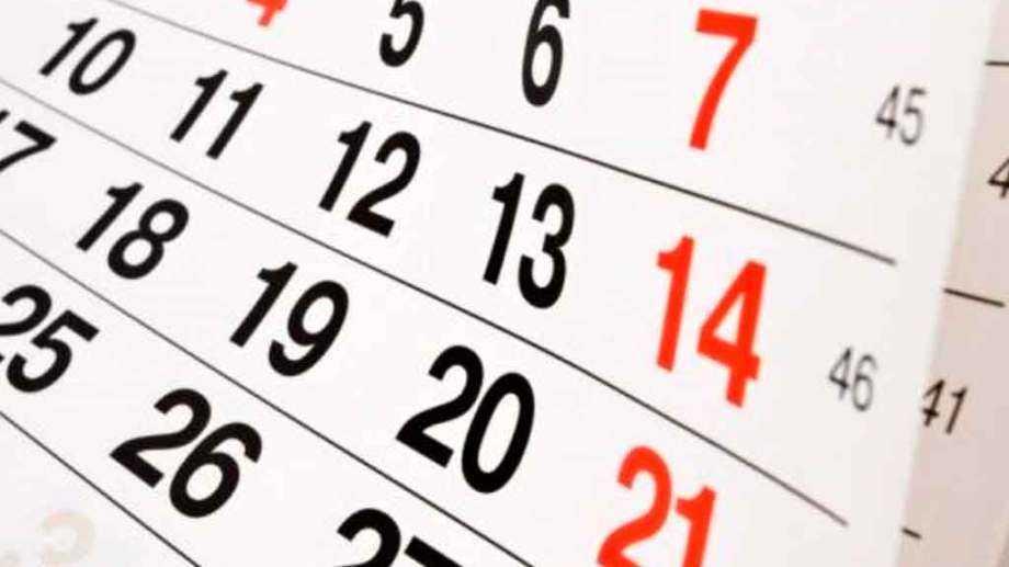 ¿Es feriado el lunes 7 de diciembre?